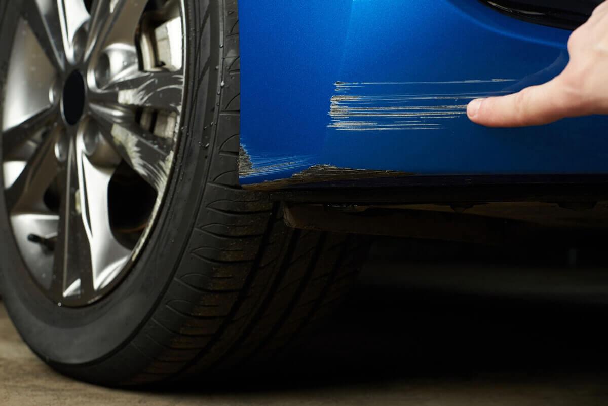 Como quitar rayones del carro