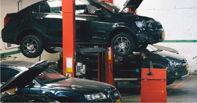 Carro en un Taller de Autolab